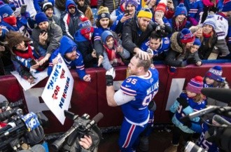 Bills apalean a Dolphins en último juego de Kyle Williams/AFP