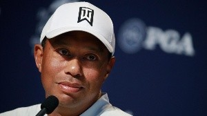 Tiger Woods no enfrentará cargos tras accidente automovilístico.